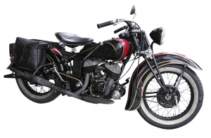 old-motorbike-1331297-m