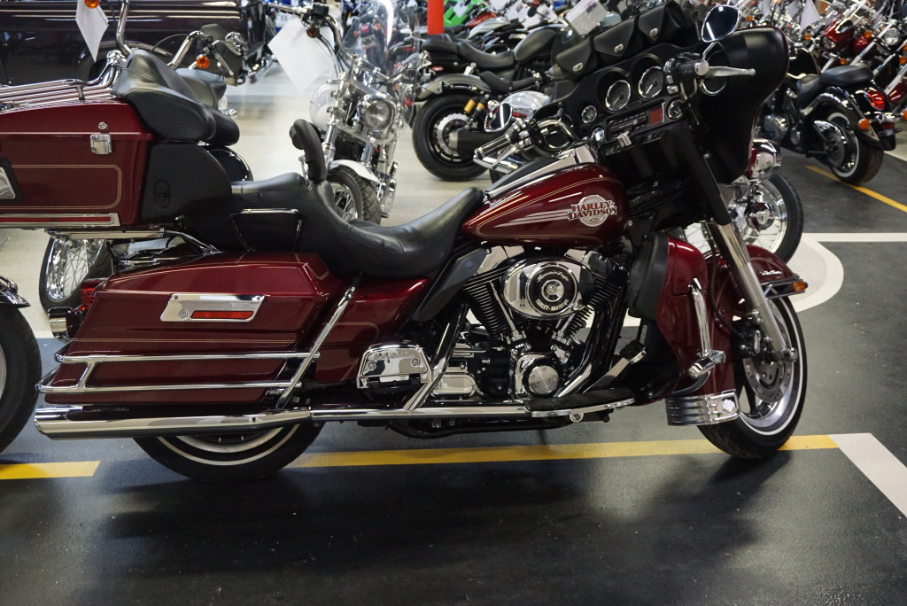 2005 Harley Davidson FLHTU Ultra Classic